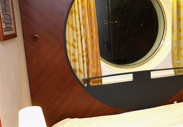 brittany_ferries_pont_aven_outside_2_bed_cabin